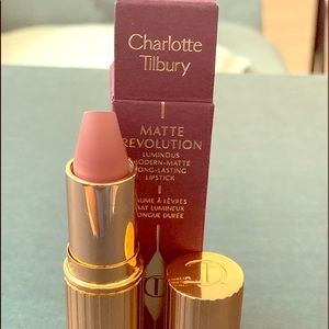 NEW Charlotte Tilbury Nude Lipstick - Pillow Talk